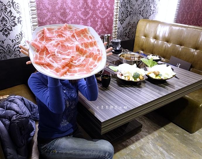 27 丰明殿 信義殿 超大肉盤 涮涮鍋 痛風海鮮盤