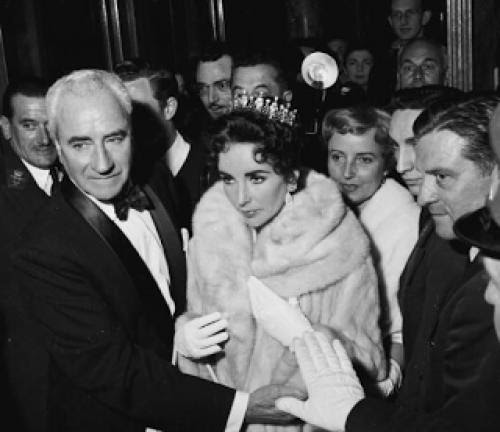 Flashback Friday Dame Elizabeth Taylor