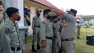 Inspeksi Mendadak, Rambut dan Jengot Anggota Pol PP Langsung Dicukur di Tempat