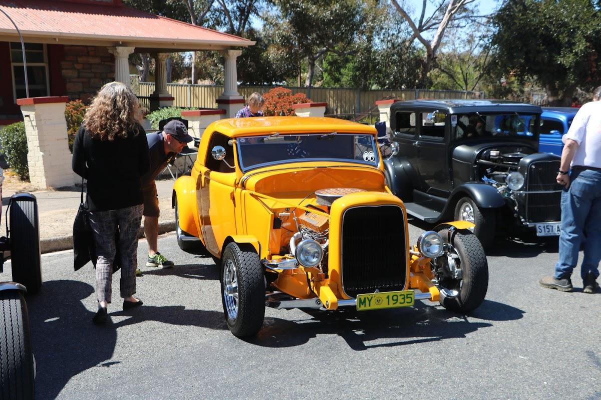 1935 Ford Hot Rod (01).jpg