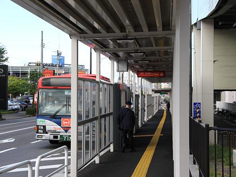 新潟交通 萬代橋ライン 青山バス停 乗車バース