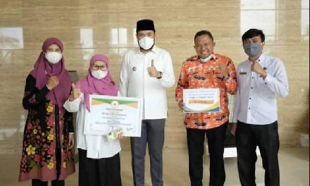 Dukcapil Padang Panjang Juara 1 Penyelenggaraan Adminduk Tingkat Sumbar