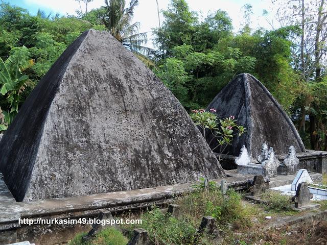 Makam raja-raja Sanrobone, Lokasi : Sanrobone, Takalar