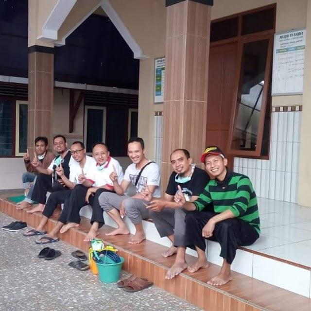 Pasukan Bersih-bersih Masjid setiap hari selama Ramadhan