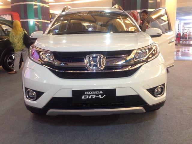 Harga Honda BRV Makassar