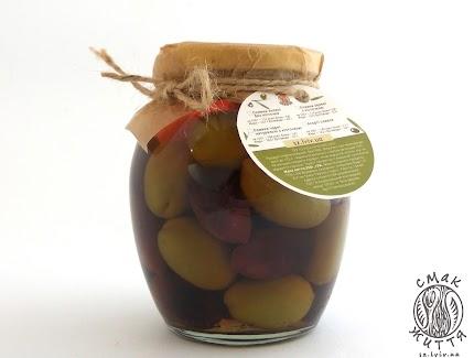 Асорті оливок