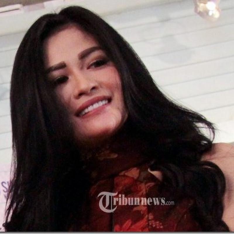 Nama Hesty Klepek Klepek Bikin Hoki di Karier Penyanyi Dangdut