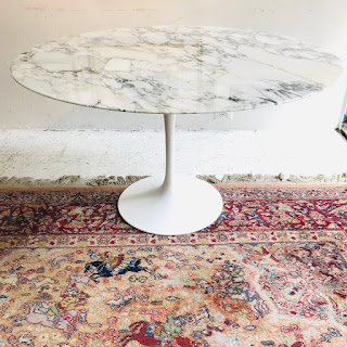 Knoll Saarinen Tulip Dining Table