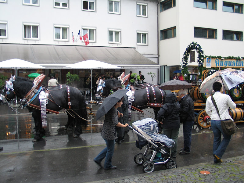 KORNMESSER GARTENERÖFFNUNG MIT AUGUSTINER 2009 013.JPG