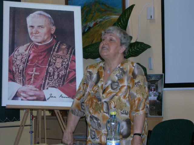 Spotkanie z autorem książek o św. Janie z Dukli i św. Janie Pawle II – Jadwigą Nowak - P6120076.JPG