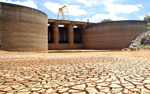 The Cantareira reservoir in São Paulo, Brazil, in August 2014. Photo: Luciano Claudino / Frame / Folhapress