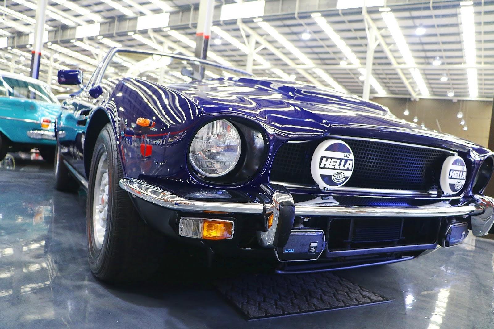 1981 Aston Martin V8 Volante Coupe (07).jpg