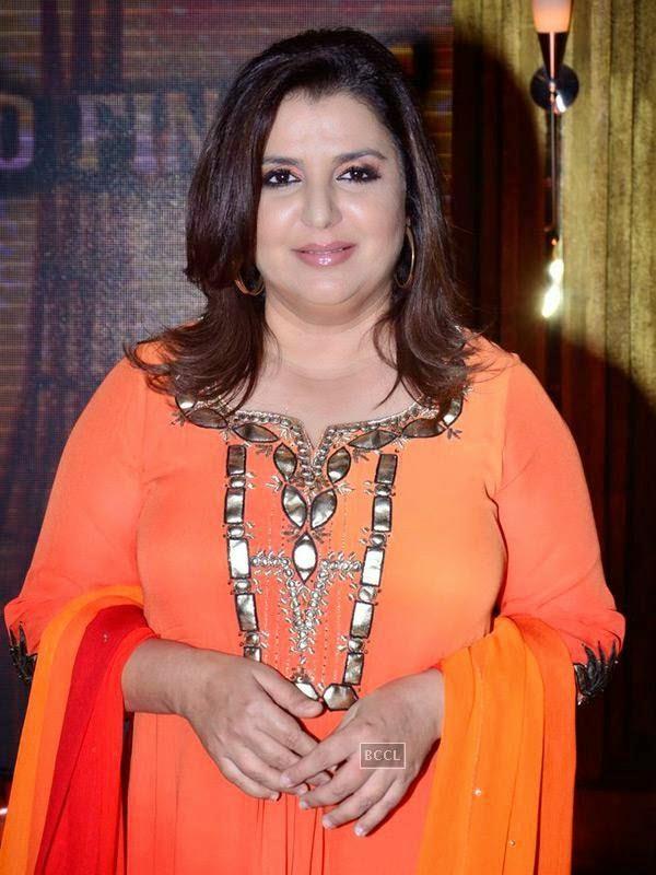 Farah Khan on the sets of Entertainment Ke Liye Kuch Bhi Karega, in Mumbai. (Pic: Viral Bhayani)