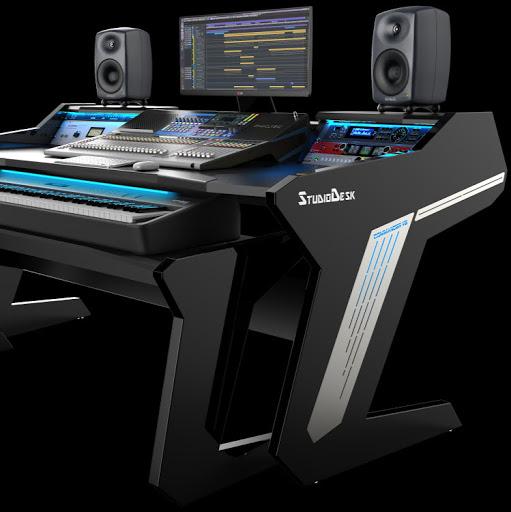 Studio Desk review