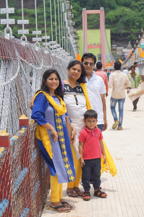 Omkareshwar and Hanmuntiya water resort - DSC06322.JPG