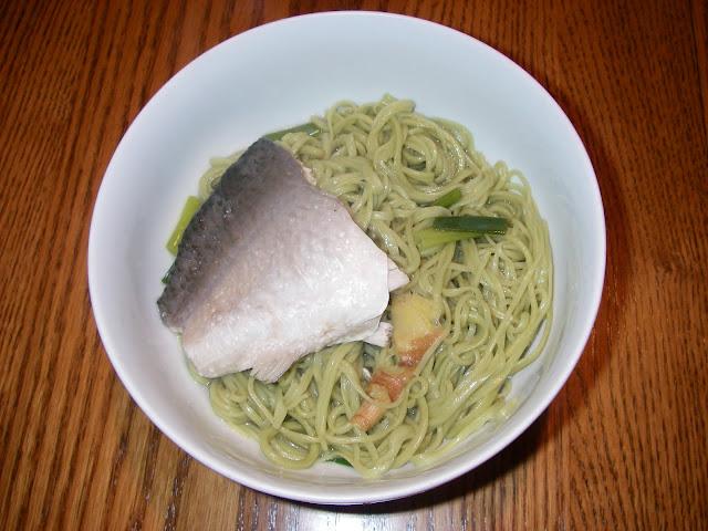 麻虱目茶麵線