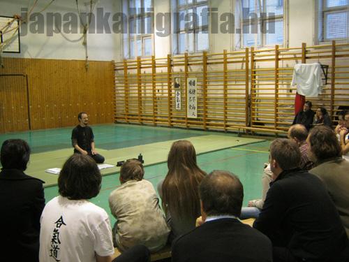 Győr, japán kalligráfia előadás