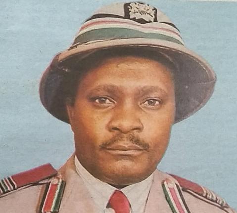 Uhuru mourns former PC John Etemesi