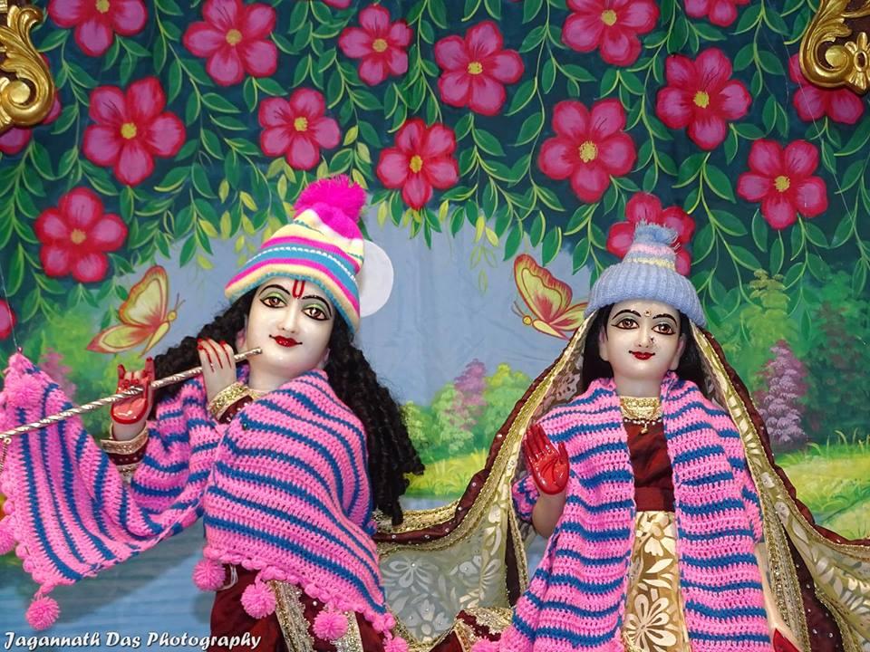 ISKCON Mira Road Deity Darshan 11 Jan 2016  (1)