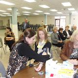 Spotkanie medyczne z Dr. Elizabeth Mikrut przy kawie i pączkach. Zdjęcia B. Kołodyński - SDC13580.JPG