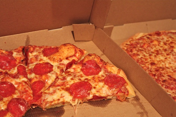 pizza at crafting party