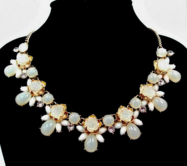 Our EXQUISITE STATEMENT NECKLACES - Our%2BEXQUISITE%2BSTATEMENT%2BNECKLACES%2B-%2B7