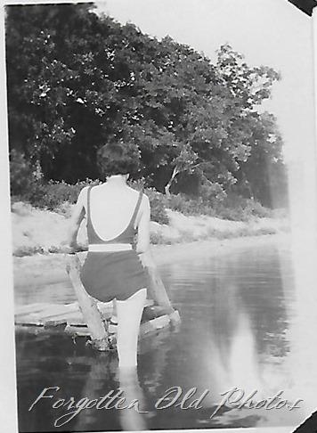 Swimsuit two Moorhead ant