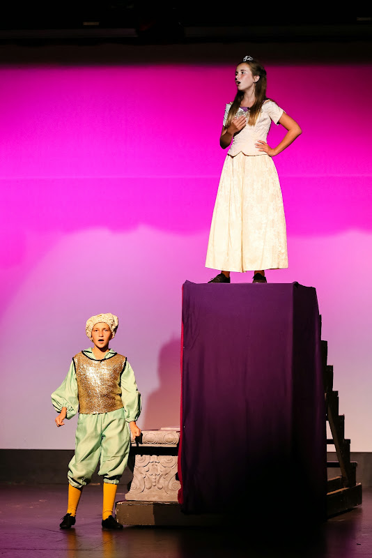 2014Snow White - 36-2014%2BShowstoppers%2BSnow%2BWhite-5851.jpg