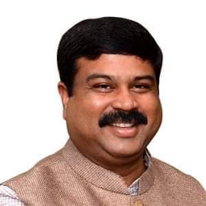 बिहार में पैट्रोल हुआ मंहगा तो मंत्री जी पर दर्ज हुआ केस