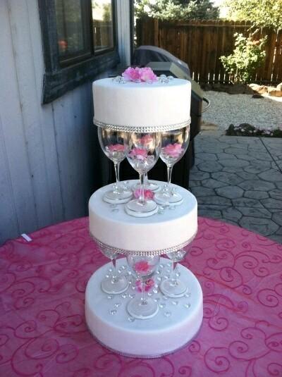 Wine Glass Wedding Cake Stand