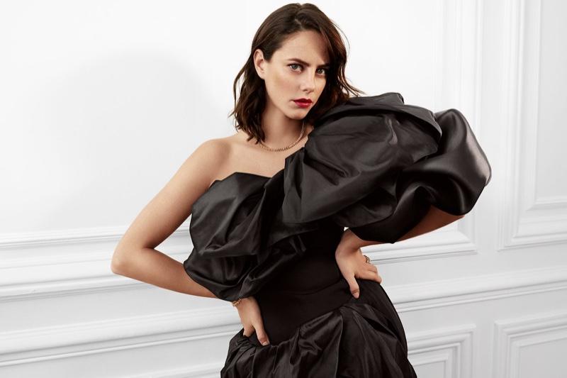 Clash de Cartier unveils a collection featuring bold studs.