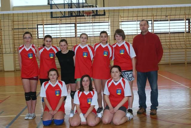 Zawody siatkarskie dziewczat 1 marca 2011 - DSC09361_1.JPG
