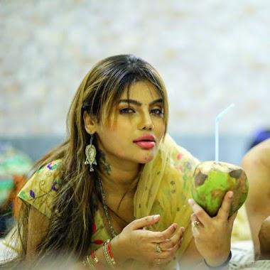 Juhi chaterjee webseries actress hot photos gallery