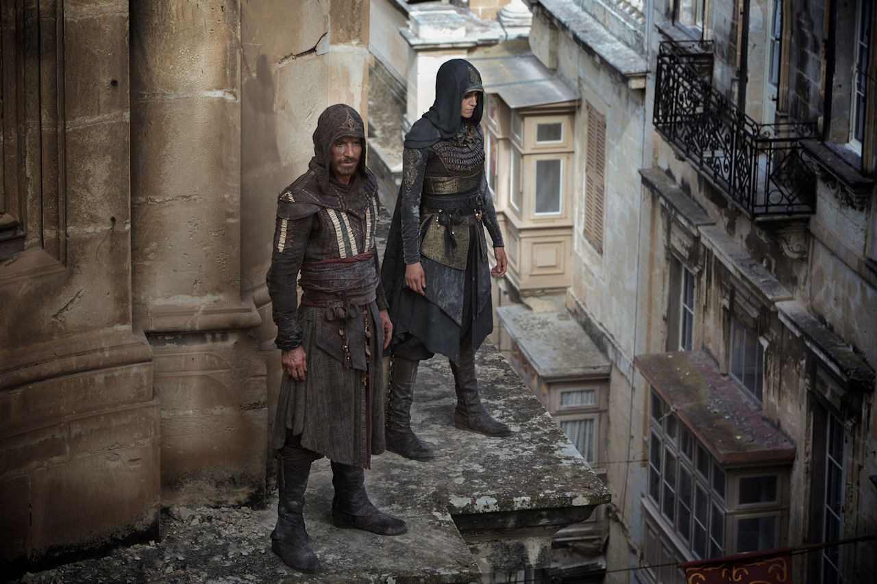 Callum Lynch (Michael Fassbender) and Maria (Ariane Labed) in ASSASSIN'S CREED. (Photo credit: Kerry Brown © 2016 Twentieth Century Fox Film Corporation).