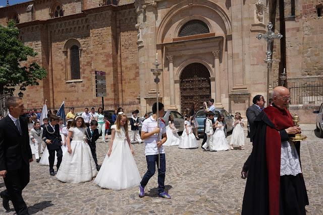 La procesión del Corpus, llegando a la Plaza Mayor