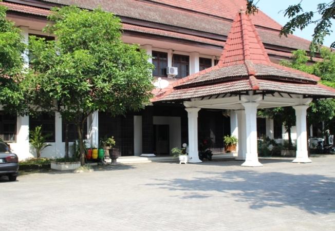 Komisi I hingga IV DPRD Kabupaten Ngawi lakukan studi banding ke luar pulau