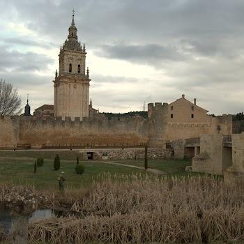 Burgo de Osma 03-04-2012 18-32-51.NEF.jpg