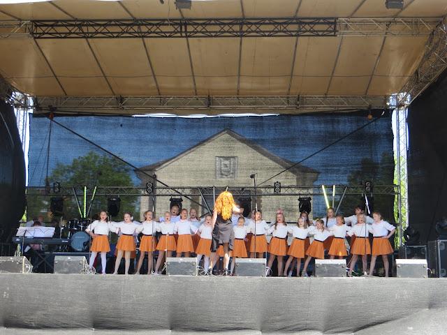 Kohtla-Järve linna 70.aastapäeva piduliku kontsert. / Концерт к 70-летию город� - IMG_3454.JPG
