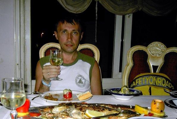 В рыбном ресторане Le Surfin