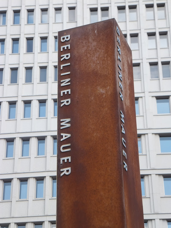 Marlene-Dietrich-Platz, Potsdamer Platz, Berlín, Elisa N, Blog de Viajes, Lifestyle, Travel, Muro, Mauer