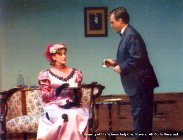 Cristine Henry Sendra and Jeff Nuding in THE IMPORTANCE OF BEING EARNEST (R) - December 1989.  Property of The Schenectady Civic Players Theater Archive.