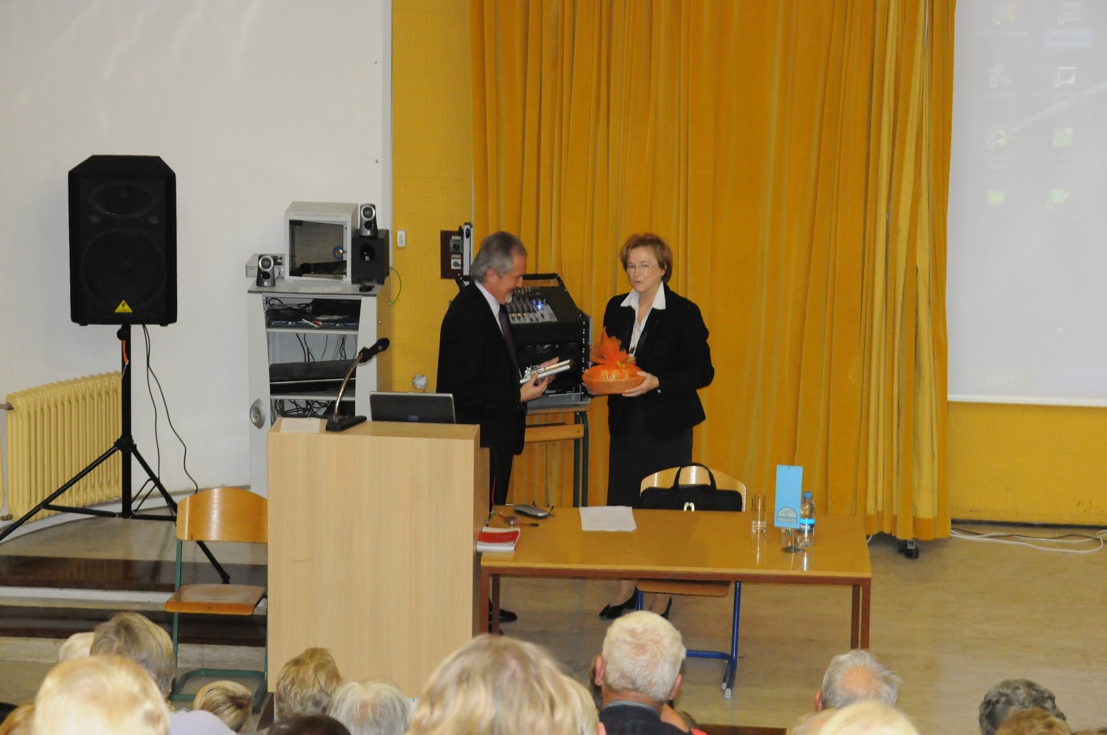 Predavanje, dr. Camlek - oktober 2011 - DSC_3889.JPG