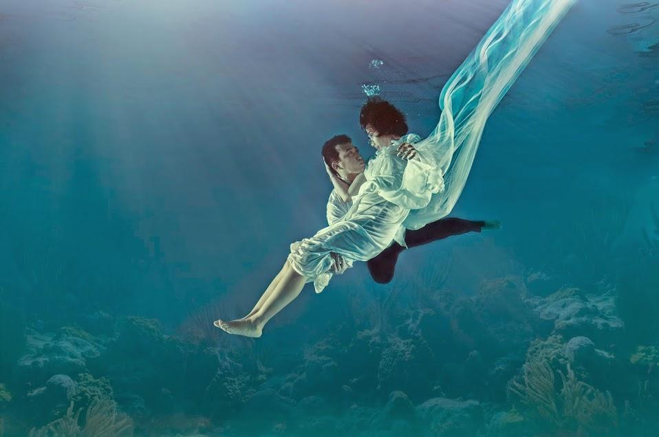 prewedding underwater surabaya