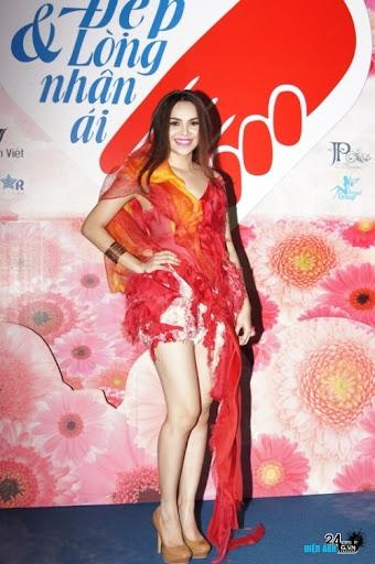 Hoa hậu Đông Nam Á Diệu Hân đầy quyến rũ - DIENANH24G Hoa hậu Đông Nam Á Diệu Hân đầy quyến rũ