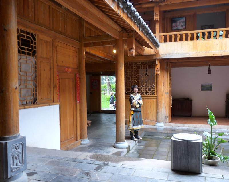 CHINE.YUNNAN.KUN MING Village des minorités 2 - P1270615.JPG