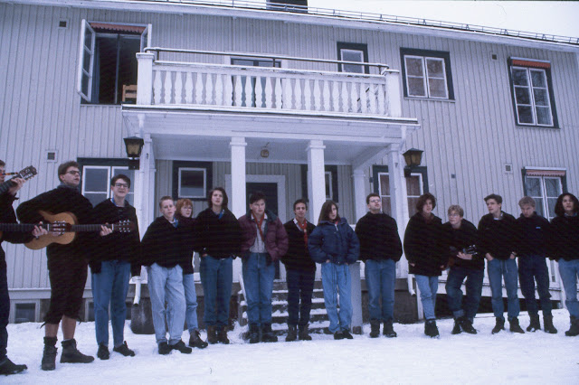 1985-1994 - 678-.jpg