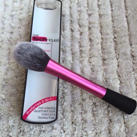 Real Techniques Blush Brush - Allık Fırçası