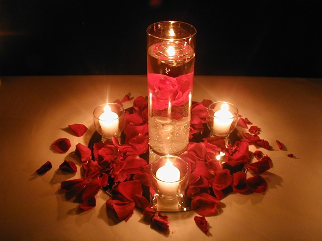 interior-floating-candles-in-water-for-wedding-centerpieces-laid-on-sprinkling-rose-petals-as-well-as-flowers-centerpiece-and-spring-wedding-centerpieces-luxurious-wedding-centerpieces-with-candl