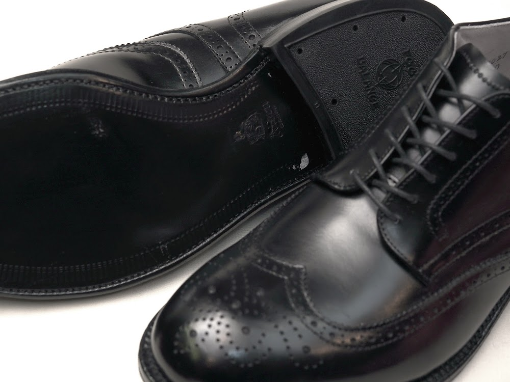 Alden / 5420 Black Calfskin Wing Tip