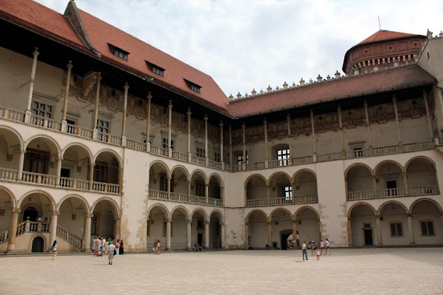 Patio interior del Castillo de Wawel